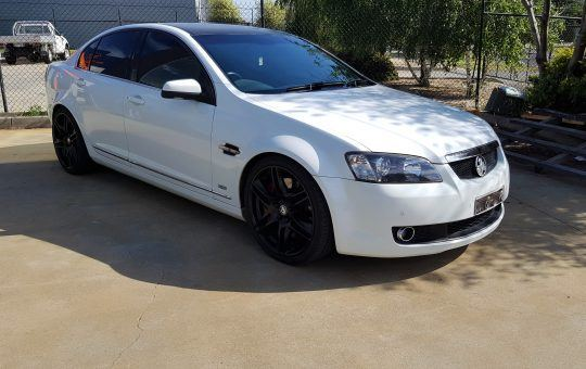 Holden VE Commodore V8